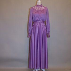 Dresses & Skirts - Vintage Purple Lace Gown